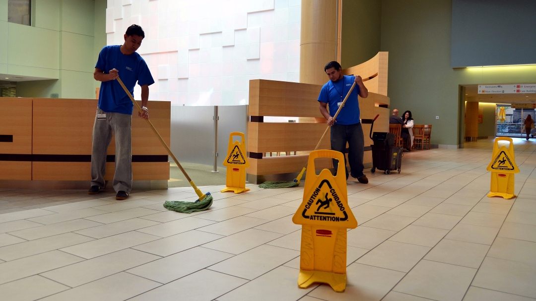 commercial cleaning services in Hamilton, ON